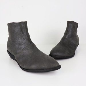 NEW Antelope 346 Shimmer Suede Ankle Bootie Gray 9